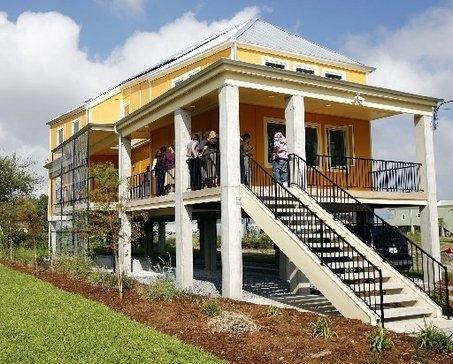 solaripedia lagniappe house makes solar right in new orleans. Black Bedroom Furniture Sets. Home Design Ideas