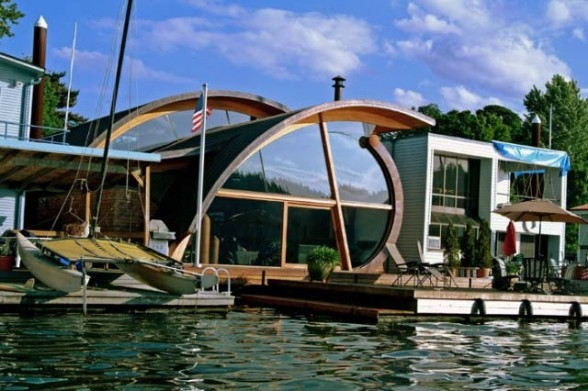 Solaripedia green architecture building projects in Floating homes portland