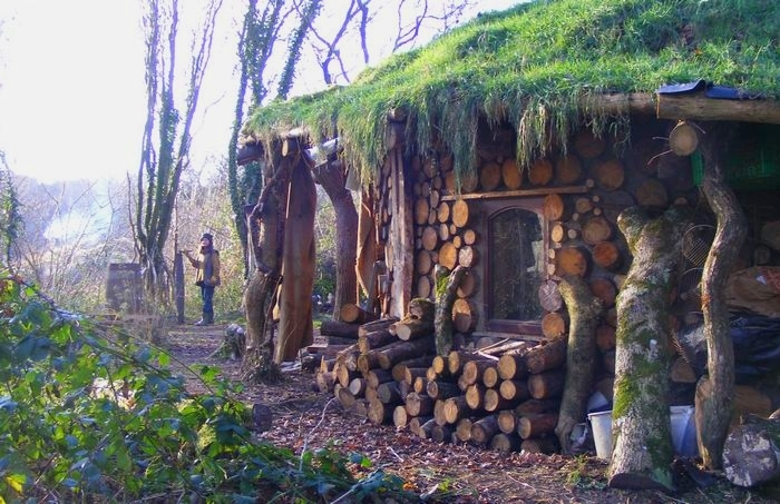 Solaripedia green architecture building projects in - How to build a cordwood house ...