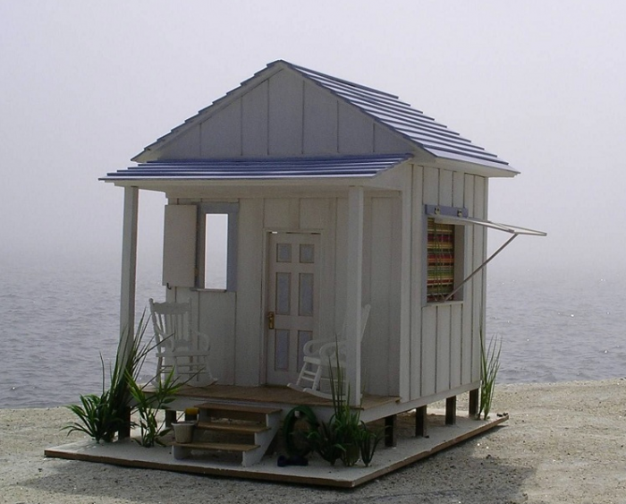 tiny 1 12 scale model of a beach house that includes the interior