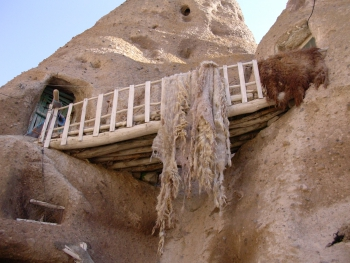Iran Rock House Wool Drying