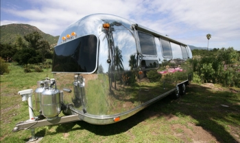 Airstream 1978 Renovation Exterior Front
