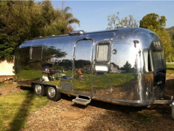 Airstream Renovation Polished Exterior