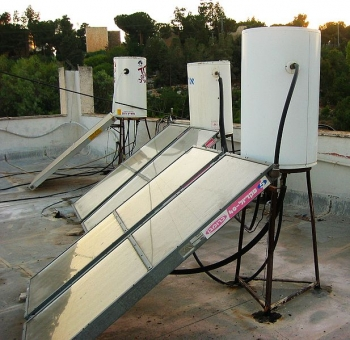 Sun Boilers on Roof in Jerusalem