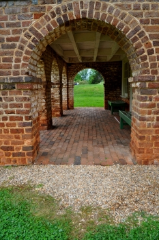 Poplar Forest South Arches